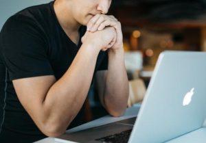 職場の人間関係に疲れた、ストレスだと感じる時の解決へのヒント