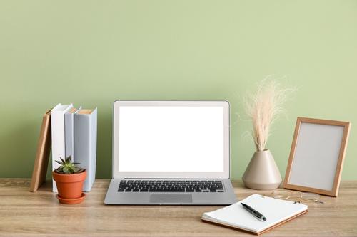 コーチング活動にホームページやブログは必要?作成の考え方も解説